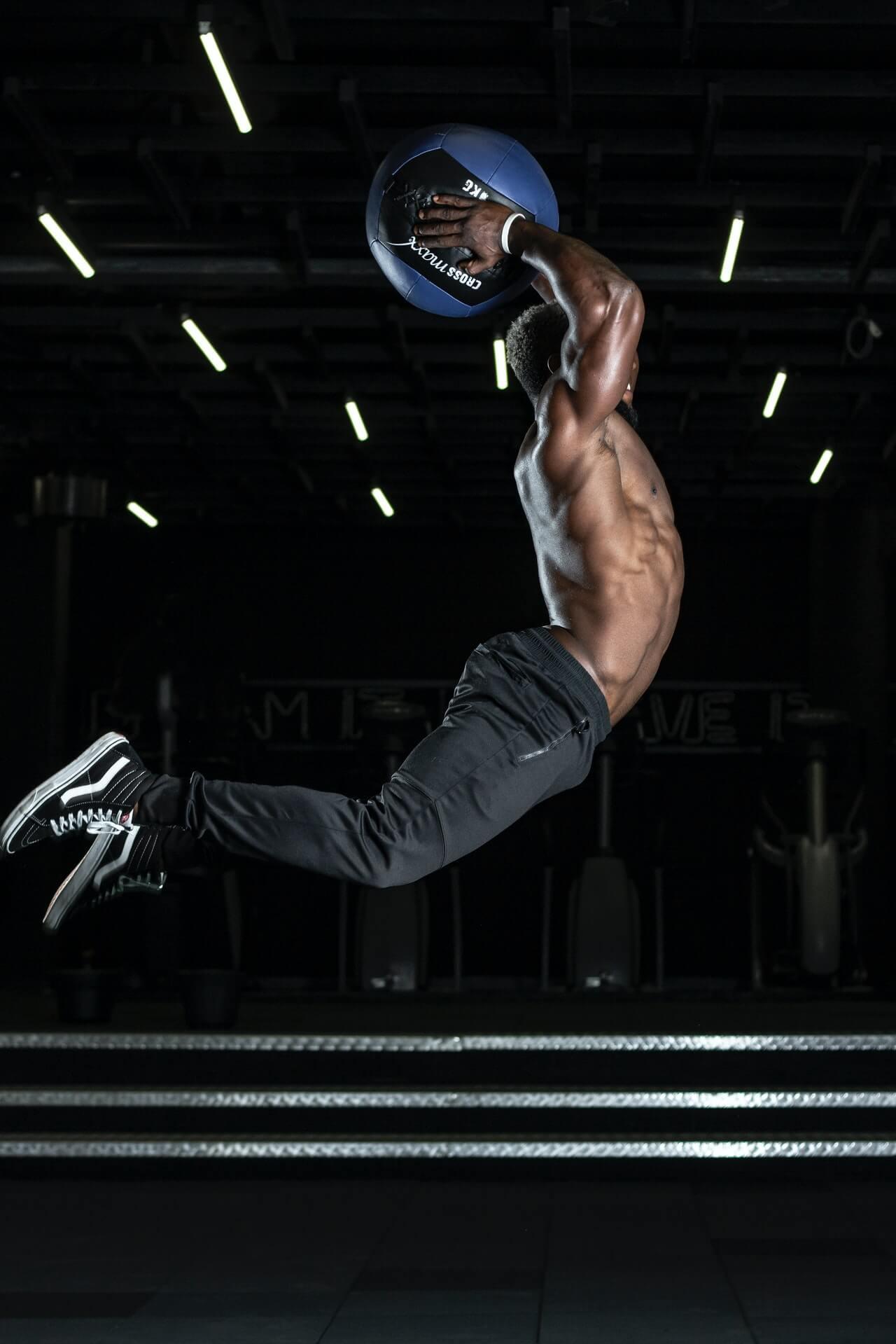 Fisioterapia para recuperarse después de una lesión deportiva